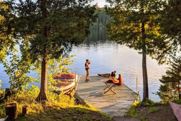 Plein air pas cher : 10 essentiels à moinsde 100$ pour t'équiper pour l'été